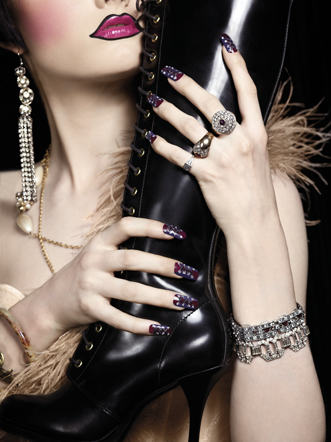 ToTN_Rubber Boot_nails
